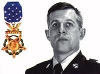 http://www.militaryparitet.com/forum/uploads/25671/thumbnails/US_Army_SFC_Randall_Shughart_with_medal_of_honor.jpg
